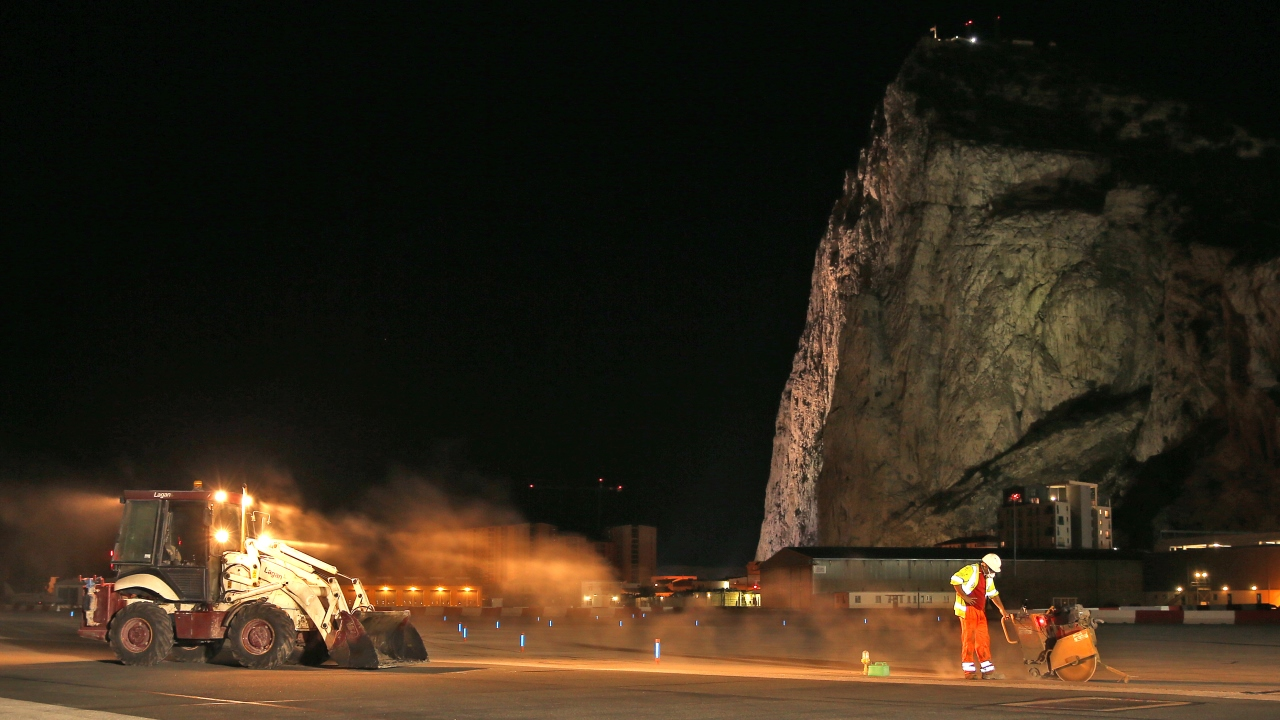 Runway resurfacing works at Gibraltar Airport. Ramboll